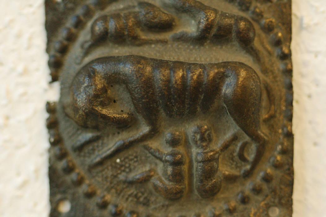 Riembeslag met Romulus & Remus, gevonden in Vindonissa
