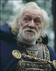 Richard Harris als Marcus Aurelius in de film Gladiator (2000), die opent met de overwinning op de Marcomannen. In deze film wordt hij vermoord door zijn zoon Commodus als hij deze afwijst als opvolger. In werkelijkheid maakte Marcus zijn zoon al keizer toen hij nog leefde. Harris lijkt hier ook beduidend ouder dan Marcus was toen hij stierf.