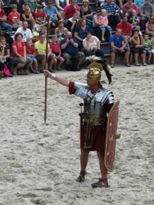 De optio is niet half zo bekend als zijn chef de centurio, maar vervulde een net zo cruciale rol. (Bron: legioiiavg.nl)