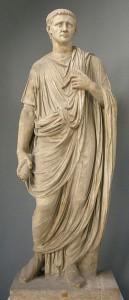 Standbeeld van Claudius in toga (Vaticaans museum). Claudius was een geleerd en intelligent man, die jaren gestudeerd had.