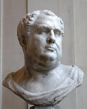 Vitellius wordt niet voor niets altijd afgebeeld met grote onderkin. De man stond bekend als een enorme veelvraat en gokker, en maakte zoveel schulden dat hij zijn huis moest verpanden om naar Germania te kunnen gaan.