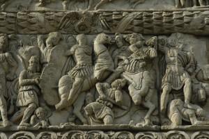 Diocletianus in gevecht met Narseh. Detail van de Boog van Galerius in Thessaloniki, waar Galerius meestal zetelde.