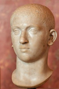 Zowel de garde als oma Maesa zagen uiteindelijk meer in Elagabalus' neef Severus Alexander. (Buste uit het Louvre)