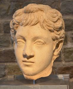 Een jonge Commodus. (Romeins-Germaans Museum, Keulen)