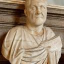 """Maximinus Thrax (""""de Thraciër""""), de eerste soldatenkeizer. Hij bezocht Rome nooit en was afkomstig uit een eenvoudige boerenfamilie."""