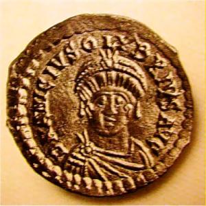 Olybrius was jarenlang Geiserics troonpretendent voor het West-Romeinse rijk. Maar uiteindelijk regeerde hij nog geen jaar.