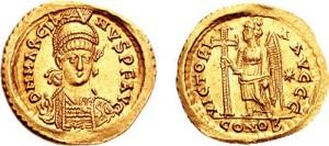 Solidus van de Oost-Romeinse keizer Marcianus. Hij was de laatste Theodosiaanse keizer en eigenlijk alleen aangetrouwd.