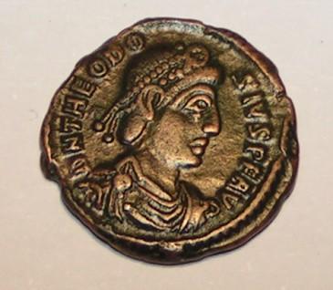Theodosius de Grote stelde Arbogast aan als opperbevelhebber van Gallië. Spoedig had hij hem niet meer in de hand.