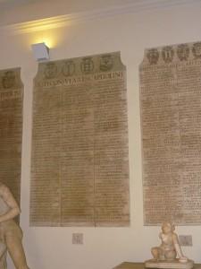 De Fasti Capitolini. Fasti is de benaming voor een Romeinse kalender, maar ook voor bepaalde dagen (zie onder).