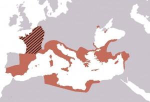 De Romeinse republiek breidde in Caesars tijd in een rap tempo uit. Caesar boekte een enorme verovering met Gallië (gearceerd).