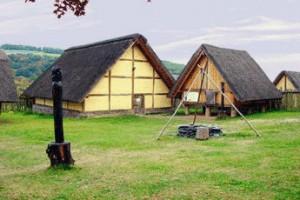 Reconstructie van een Treverische nederzetting in Altburg, in Duitsland.