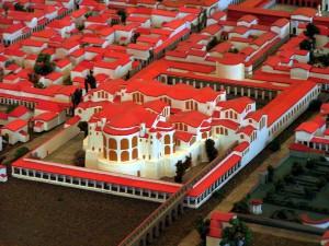 Het keizerlijk thermencomplex in Augusta Treverorum (Trier) is een voorbeeld van een wel heel groot badhuis!