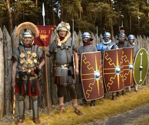 De Duitse re-enactmentgroep Legio I Germanica Augusta beeldt het gelijknamige legioen uit, dat tijdens de opstand in Bonn verbleef.