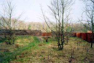 Reconstructie van de wal die de Germanen bij Kalkriese hadden opgeworpen.