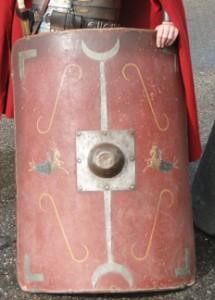 In de 2e eeuw kreeg het scutum waarschijnlijk een meer rechthoekige vorm.