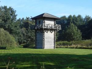 Een nagebouwde wachttoren bij Fectio (Vechten)