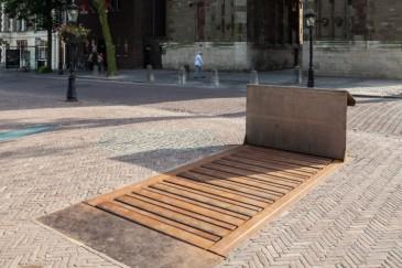 De Domunder in Utrecht. Wie deze geheimzinnige toegang binnengaat kan de brandlaag van castellum Traiectum zien!