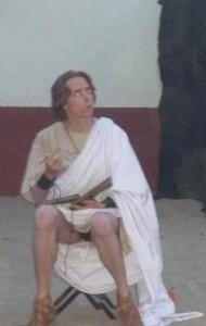 Is dit 100 Romeins, een toga en tunica? De toga is in elk geval niet erg praktisch.