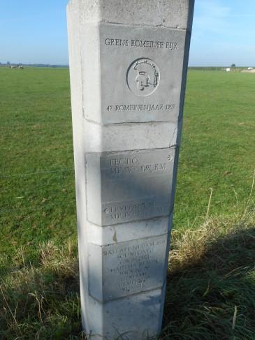 De in 1997 geplaatste mijlpalen wijzen je de weg langs de Limes in de provincie Utrecht. (De naam Levefanum werd toen nog aan Wijk bij Duurstede toegeschreven.)