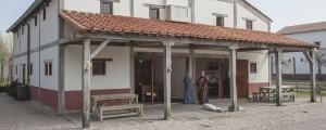 De domus van Archeon is gebaseerd op een huis uit Forum Hadriani (Voorburg).