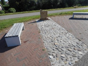 In Herwen is een replica van de grafsteen van Marcus Mallius te vinden.