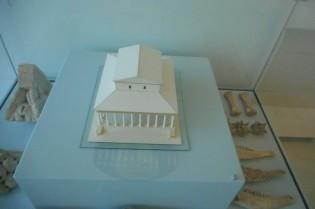 Maquette van de tweede bouwfase van de Tempel van Elst, in Museum het Valkhof.