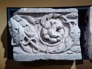 Een restant van een ornament uit de tempel van Empel.