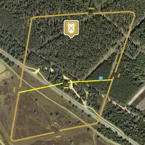 Op vici.org is de omtrek van het kamp bij Ermelo uitgebeeld. De poorten zijn duidelijk te zien.